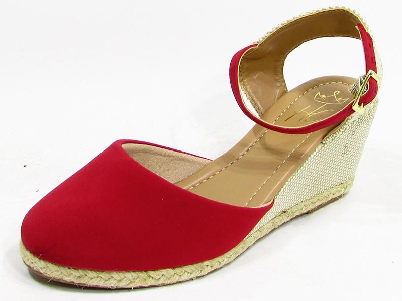 Produto / CECI Calçados / CECI Calçados - Conforto e